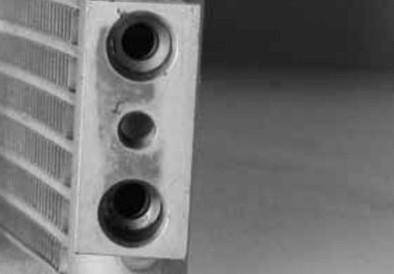 TYC - New Ac Condenser Fits Chrysler 05-06 Sebring Sedan 5143537Ab P40473 Cf20021 Ch3030222 P40473 - Image 2